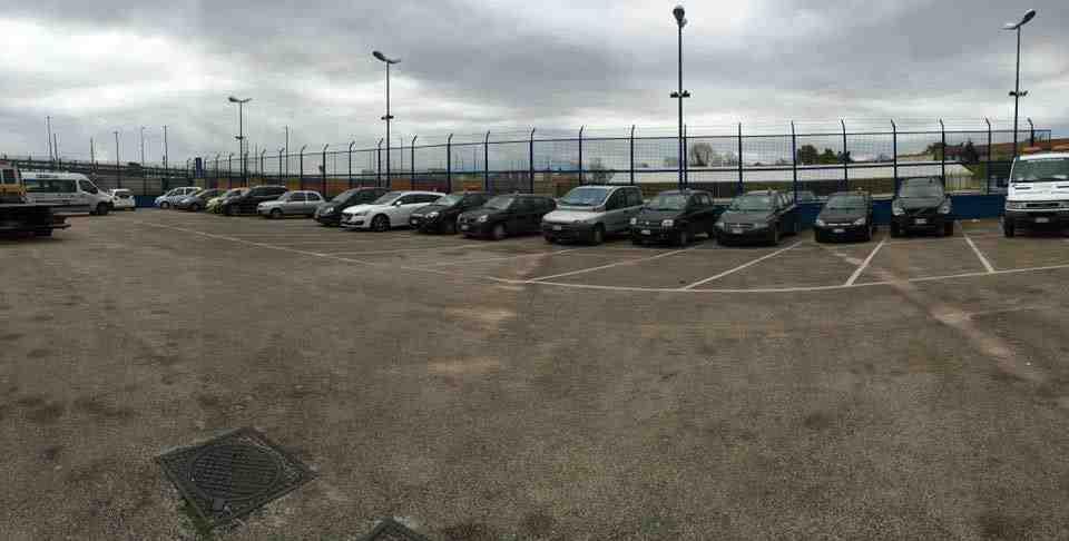 Parcheggio Napoli Parking esterno